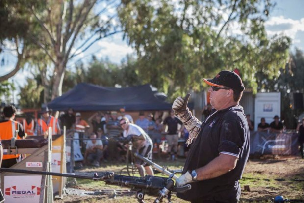 Michael Briggs Winner of the DTA – AUSDRILL KALGOORLIE-BOULDER 2015 ROCKDRILL CHAMPIONSHIPS singles sponsored by Mangelsdorf Engineering with Runner Up Toby Blake looking on